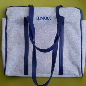 NWOT, CLINIQUE SQUARE BLUE SHOPPING TOTE